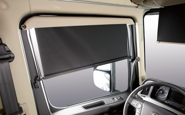Electric Roll Type Sunvisor