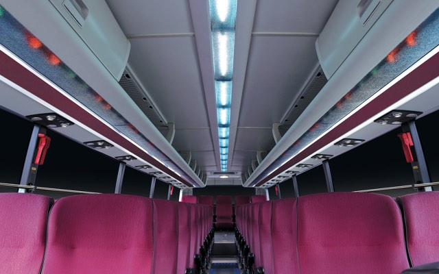 1 row Line light & Standard shelves