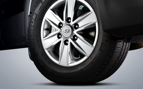 16″ Alloy wheels